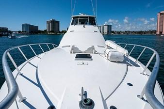 53_ocean_yacht_bridgeview_bow4
