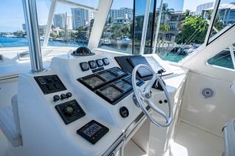 53_ocean_yacht_bridgeview_flybridge9