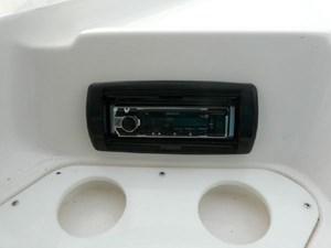 2003 Regal 2860 Commodore 15