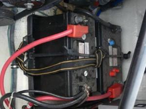 2003 Regal 2860 Commodore 25