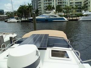 POUR HOUSE 35 Solar Panel
