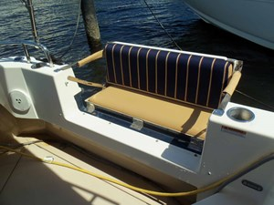 POUR HOUSE 42 Port & Starboard Aft Deck Seats
