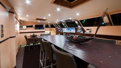 yacht-ipharra-201801-interior-03
