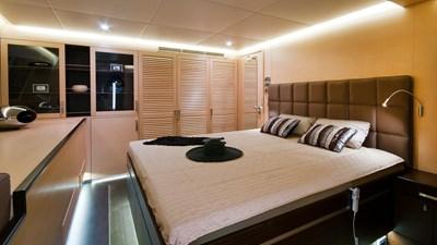 yacht-ipharra-201801-interior-06