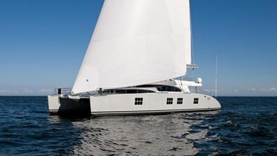 yacht-ipharra-201801-profile-05