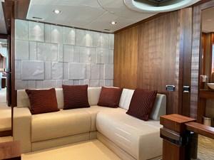 Sunseeker 30m Yacht 14 Master Lounge