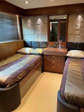 Sunseeker 30m Yacht 22 Guest Suite 2