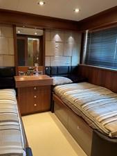 Sunseeker 30m Yacht 21 Guest Suite 1