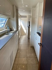 Sunseeker 30m Yacht 28 Pantry Looking Fwd