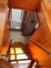 Sunseeker 115 Sport 16 Wheelhouse down to MD Foyer
