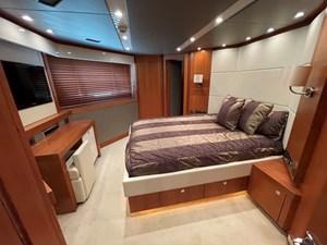 Sunseeker 115 Sport 38 VIP Suite Port