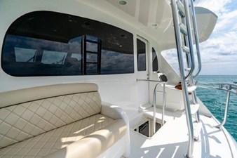 Enclosed Flybridge Aft Deck