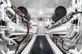 FREE SPOOL 32 Engine Room