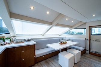 Galley / Settee