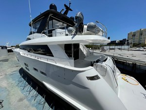 EPIC 3 EPIC 2017 HATTERAS M75 Motor Yacht Yacht MLS #270943 3