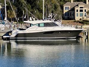 44' Tiara Yacht 44 Coupe