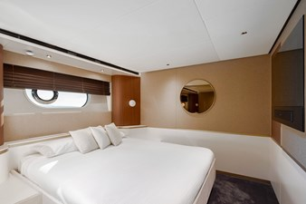 Forward VIP cabin on port side