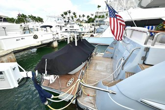 All's Well 26 Beach Area with Hydraulic Lift and Matching Custom Catamaran Tender