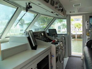 GAS PASSER 1 Pilothouse Looking to Starboard