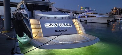 13_2008 108ft Sunseeker Predator SKY FALL