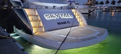 14_2008 108ft Sunseeker Predator SKY FALL