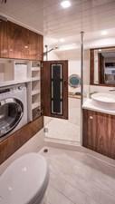 Riviera-4800-Sport-Yacht-Series-II-Platinum-Edition-Laundry-01