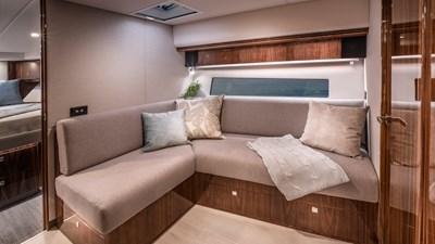 Riviera-4800-Sport-Yacht-Series-II-Platinum-Edition-Lower-Lounge-01