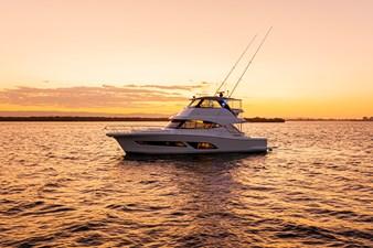 Riviera 50 Sports Motor Yacht Sunset 05