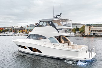 50 SMY - 027 5 50 SMY - 027 2022 RIVIERA 50 Sport Motor Yacht Motor Yacht Yacht MLS #271001 5