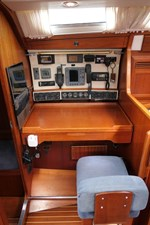 sweden-yachts-390-16