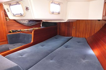 sweden-yachts-390-20