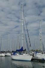 sweden-yachts-390-24