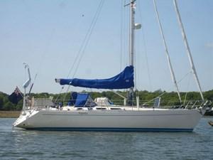 sweden-yachts-390-25