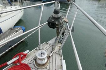 sweden-yachts-390-30