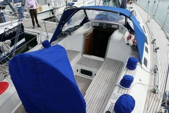 sweden-yachts-390-39