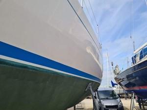 sweden-yachts-390-56