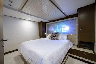 87_ferretti_port_guest stateroom