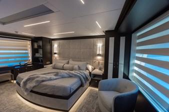G-G 10 10_2778730_on_deck_master_suite