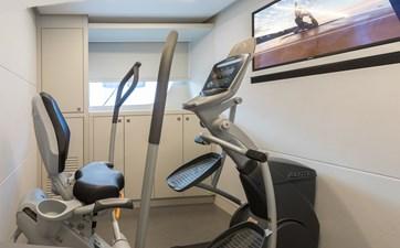 G-G 18 18_2778730_exercise_room
