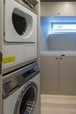 19_2778730_laundry_center