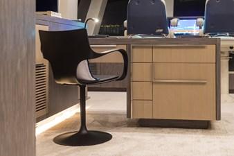 35_2778730_custom_owners_desk