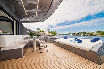 The Wolf 4 Pershing 9X- Aft Deck