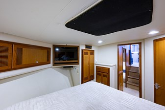 47_cabo_reel_excuse_forward_stateroom3
