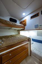 47_cabo_reel_excuse_guest_stateroom1