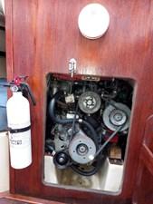 Slainte 38 070Slainte Engine Compartment