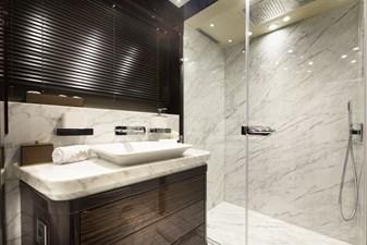 EXODUS 19 Guest Stbd Fwd Bath 9932-HDR ©Jim Raycroft