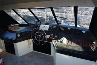 1990 Bayliner 4588 Motoryacht 15