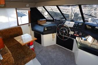 1990 Bayliner 4588 Motoryacht 16