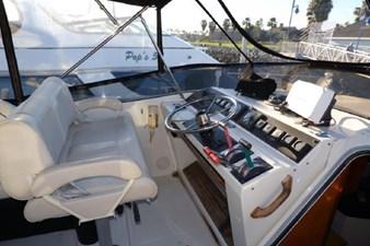 1990 Bayliner 4588 Motoryacht 20