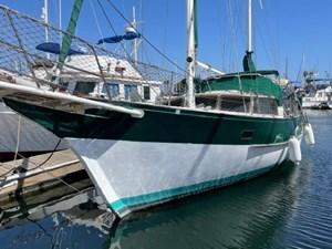 Feral Soul 2 Feral Soul 1978 ISLANDER SAILBOATS Freepoort 41 Cruising Sailboat Yacht MLS #271078 2